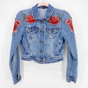 AEO Floral Embroidered Cropped Denim Jacket